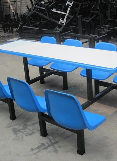 学校食堂玻璃钢餐桌